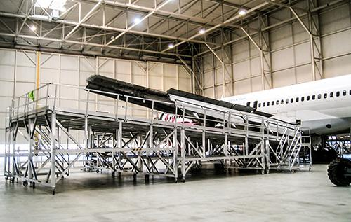 Narrow Body Wing dock for Boeing B757